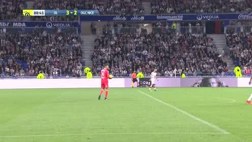 意甲-科拉罗夫点射法齐奥进球 罗马2-1博洛尼亚三连胜