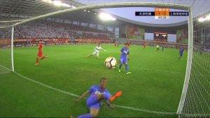 意甲-凯西点射建功两将伤退 米兰1-0拉齐奥重返第四